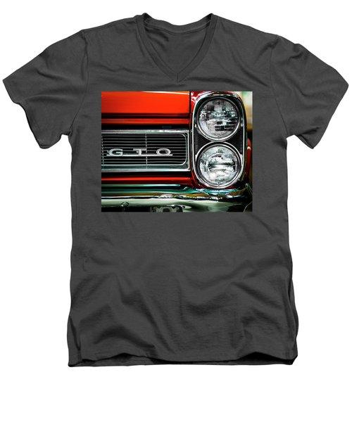 Pontiac Gto Men's V-Neck T-Shirt