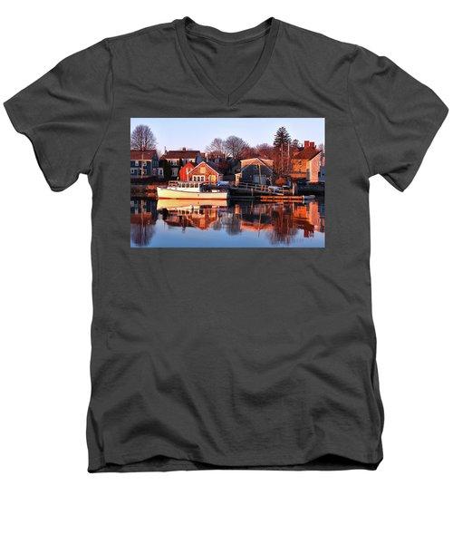 Portsmouth South End Sunrise Men's V-Neck T-Shirt