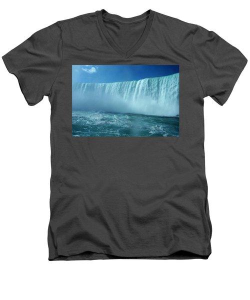 Power Of Water Men's V-Neck T-Shirt