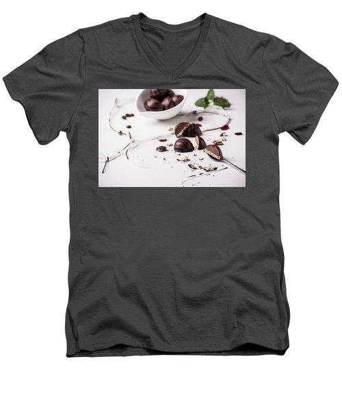 Pralines Men's V-Neck T-Shirt