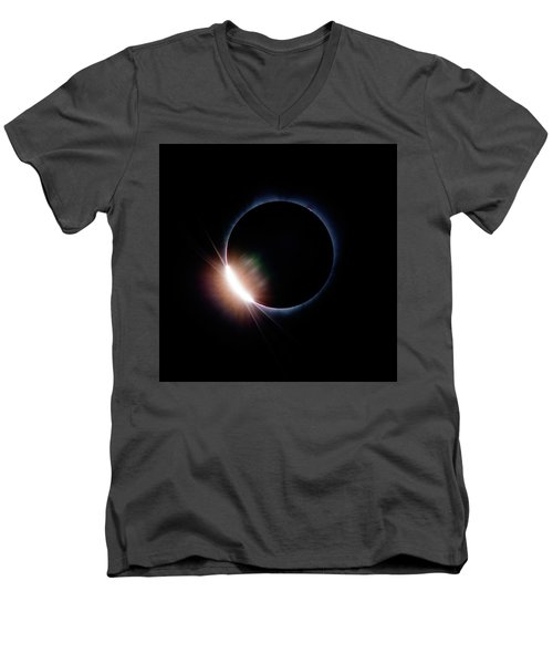 Pre Daimond Ring Men's V-Neck T-Shirt