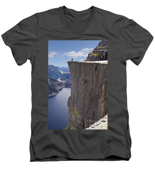 Preikestolen Men's V-Neck T-Shirt
