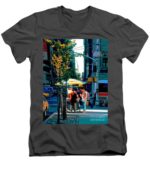 Hot Dog Stand Nyc Late Afternoon Ik Men's V-Neck T-Shirt