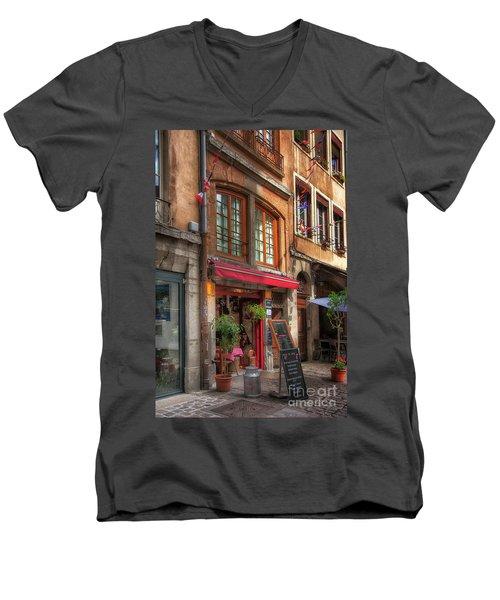 French Cafe Men's V-Neck T-Shirt
