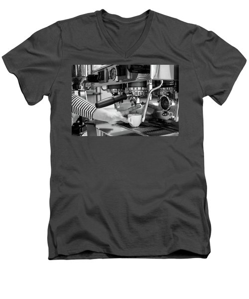 Pulling The Shot Men's V-Neck T-Shirt