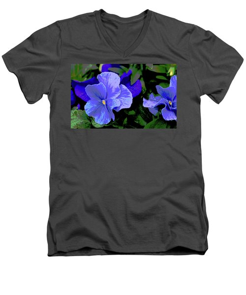 Purple Pansy Posterized Men's V-Neck T-Shirt