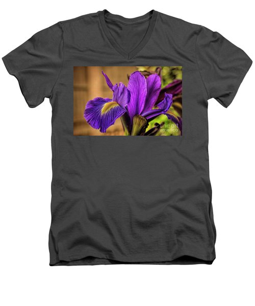 Purple People Eater Men's V-Neck T-Shirt