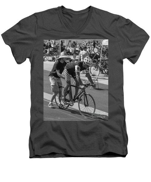 Pursuit Start Men's V-Neck T-Shirt