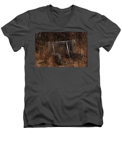 Putting Down Roots Men's V-Neck T-Shirt