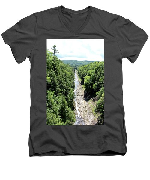 Quechee Gorge Men's V-Neck T-Shirt
