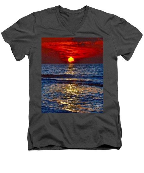 Quiet On The Ocean Men's V-Neck T-Shirt