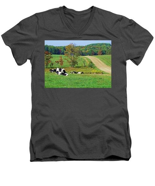 R N R Men's V-Neck T-Shirt