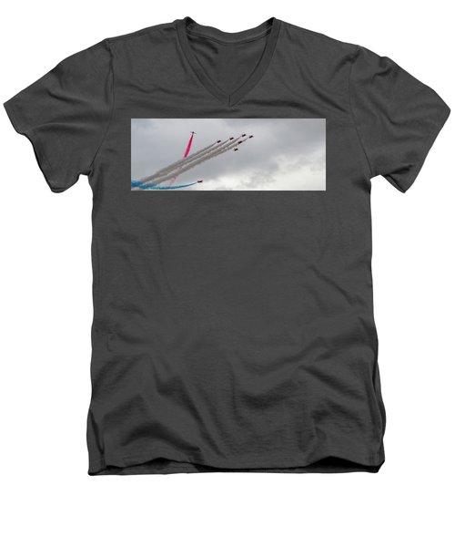 Raf Scampton 2017 - Red Arrows Tornado Formation Men's V-Neck T-Shirt