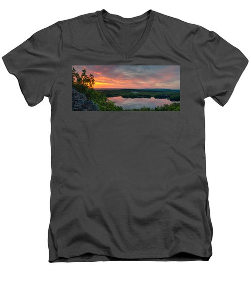Ragged Mountain Sunrise Men's V-Neck T-Shirt