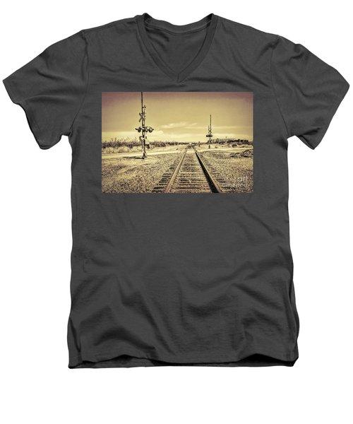 Railroad Crossing Textured Men's V-Neck T-Shirt