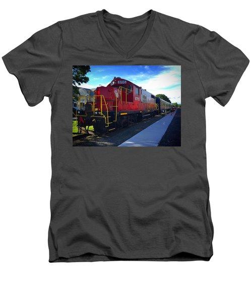 Blue Ridge Railway Men's V-Neck T-Shirt