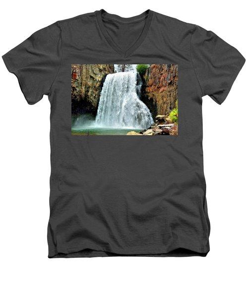 Rainbow Falls 16 Men's V-Neck T-Shirt