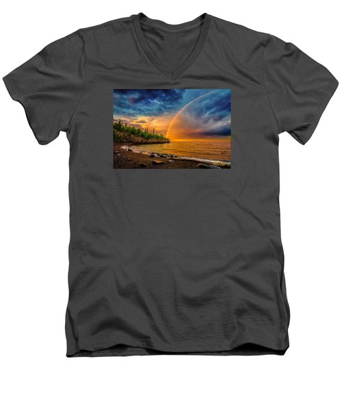 Rainbow Point Men's V-Neck T-Shirt