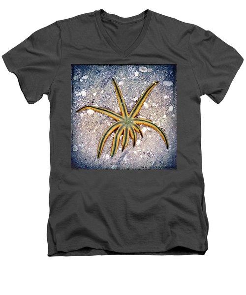 Rasta Star Men's V-Neck T-Shirt by Robert FERD Frank