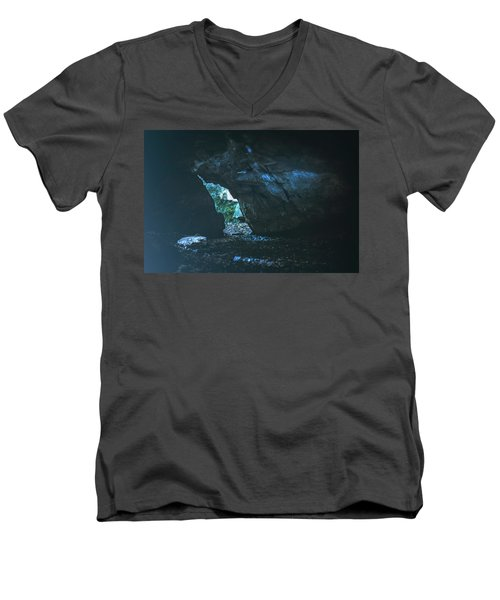 Realm Of The Storyteller Men's V-Neck T-Shirt