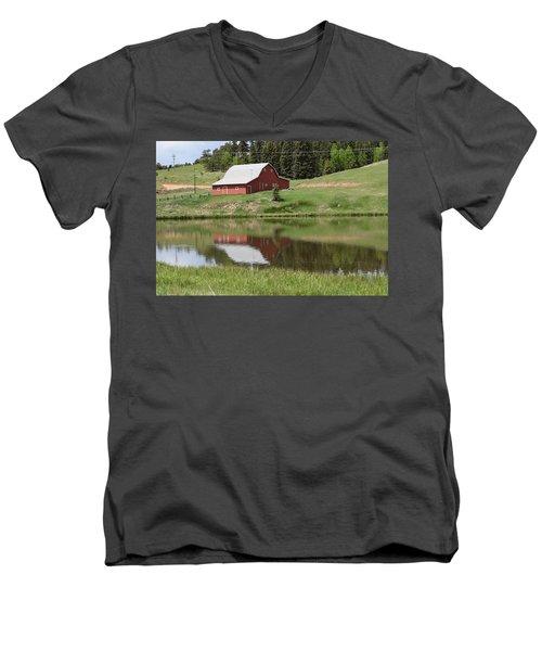 Red Barn Burgess Res Divide Co Men's V-Neck T-Shirt