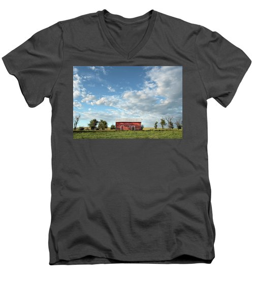Red Barn On The Prairie Men's V-Neck T-Shirt