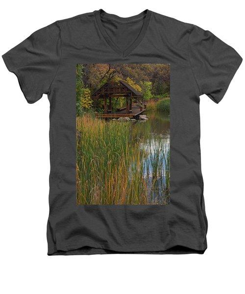 Red Butte Garden Men's V-Neck T-Shirt