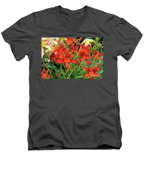 Red Daylilies Men's V-Neck T-Shirt