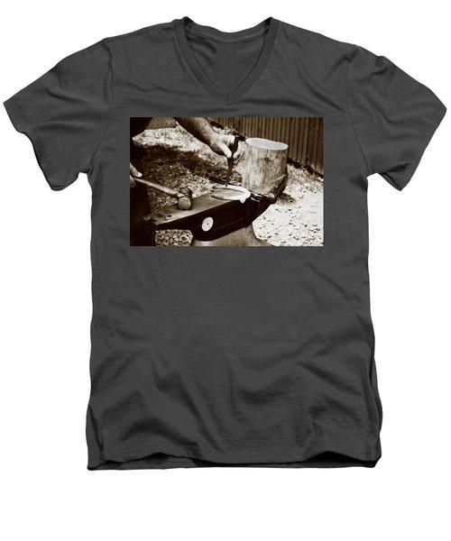 Red Hot Horseshoe On Anvil Men's V-Neck T-Shirt