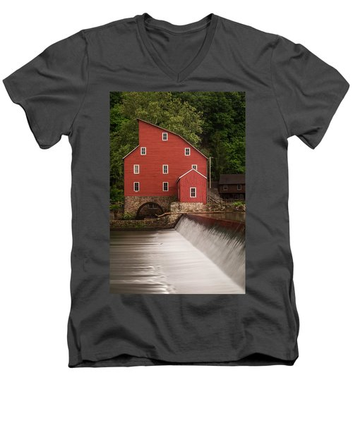 Red Mill Clinton New Jersey Men's V-Neck T-Shirt