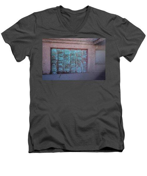 Red Mountain Garage Men's V-Neck T-Shirt