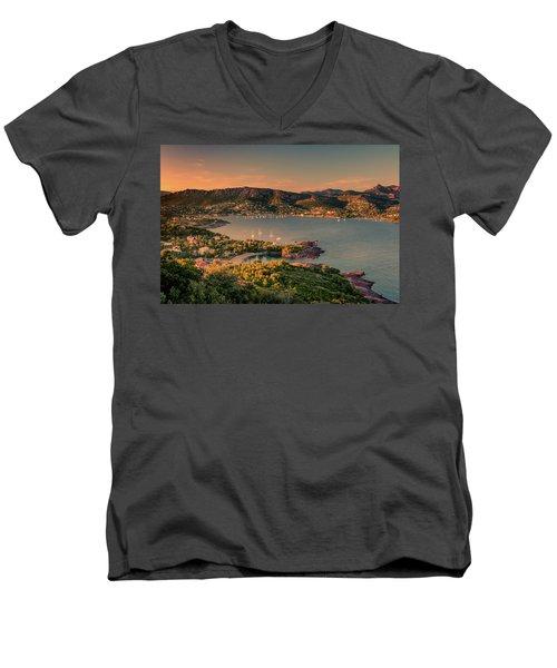 Red Mountains Men's V-Neck T-Shirt