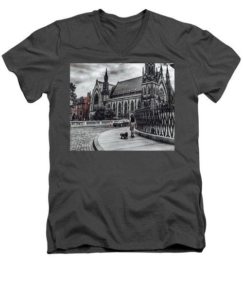 Red Pop Men's V-Neck T-Shirt