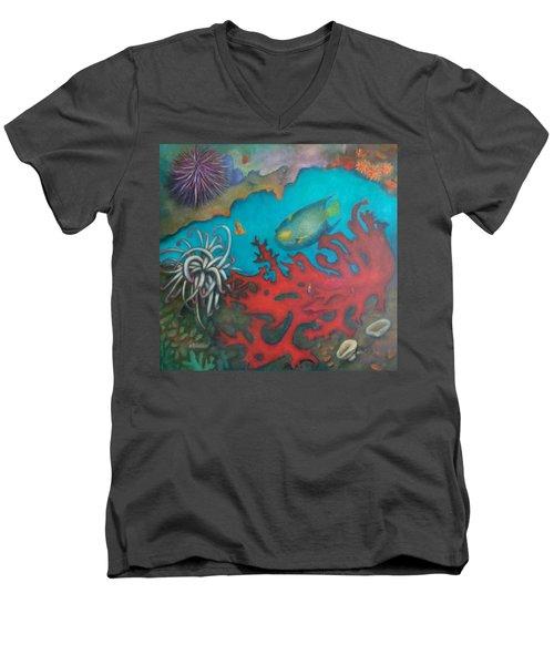 Red Reef Men's V-Neck T-Shirt
