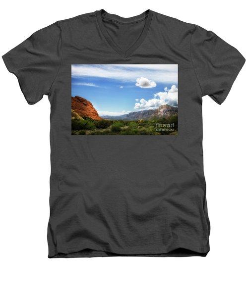 Red Rock Canyon Vintage Style Sweeping Vista Men's V-Neck T-Shirt