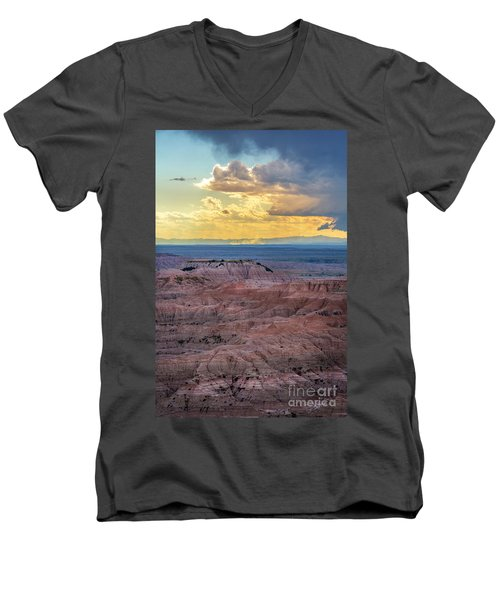 Red Rock Pinnacles Men's V-Neck T-Shirt