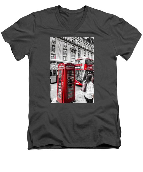Red Telephone Box With Red Bus In London Men's V-Neck T-Shirt