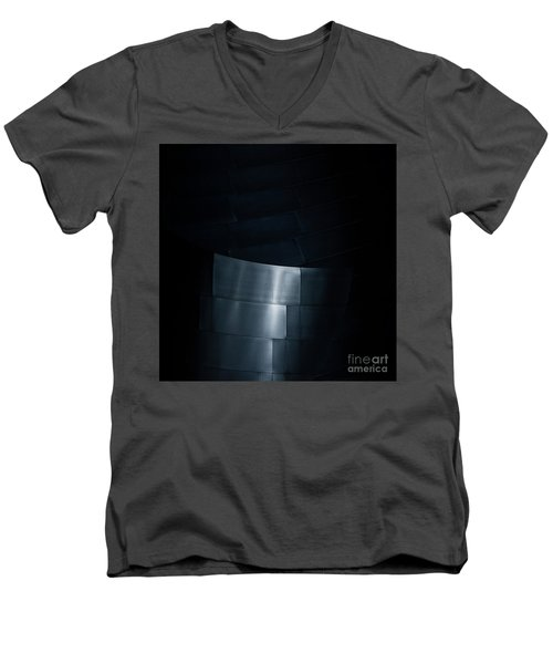 Reflecting On Gehry Men's V-Neck T-Shirt