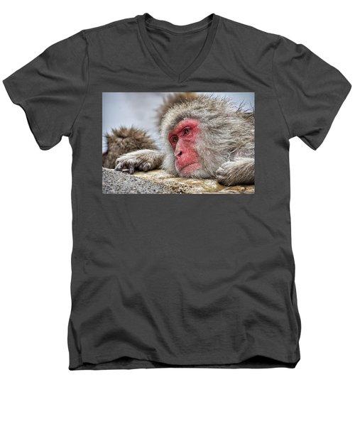 Relax Men's V-Neck T-Shirt