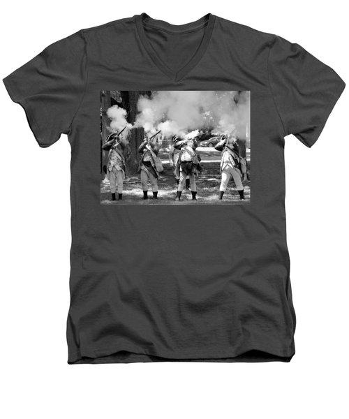 Reliving History-bw Men's V-Neck T-Shirt