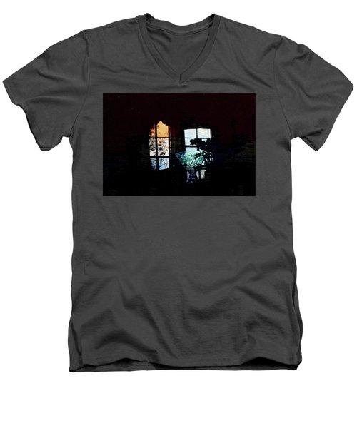 Remember The Time Men's V-Neck T-Shirt