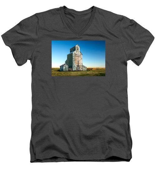 Remember When Men's V-Neck T-Shirt