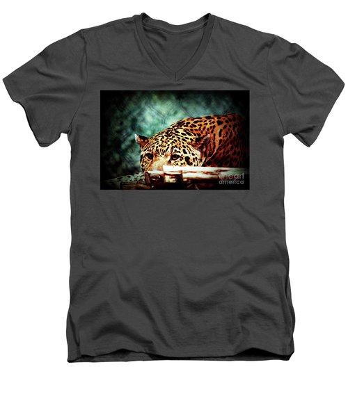 Resting Jaguar Men's V-Neck T-Shirt