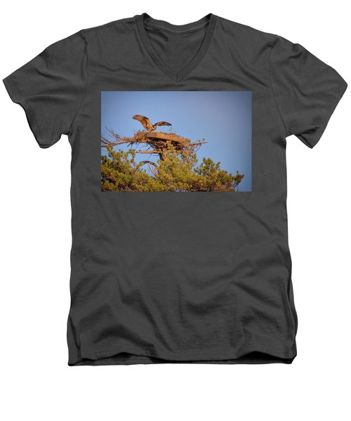 Men's V-Neck T-Shirt featuring the photograph Returning To The Nest by Rick Berk
