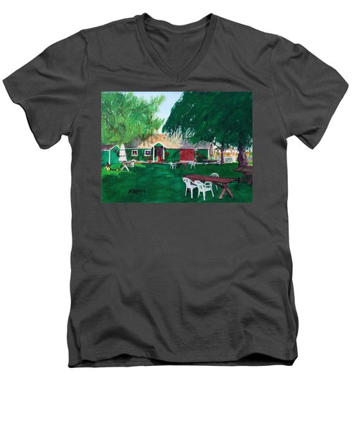 Retzlaff Winery Men's V-Neck T-Shirt