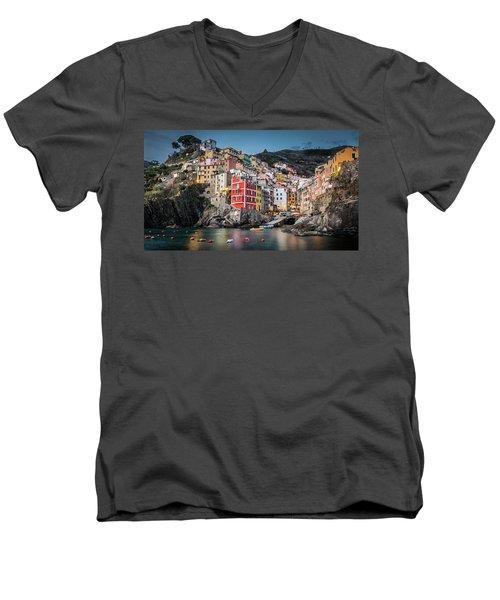 Riomaggiore - Cinque Terre Men's V-Neck T-Shirt
