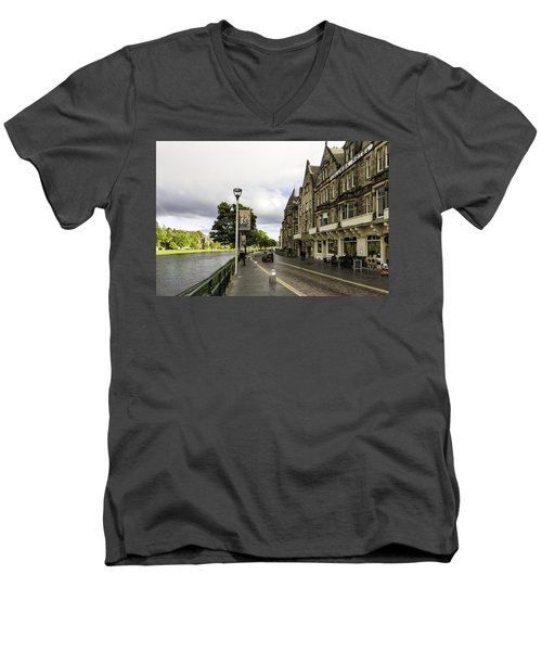 River Ness Men's V-Neck T-Shirt