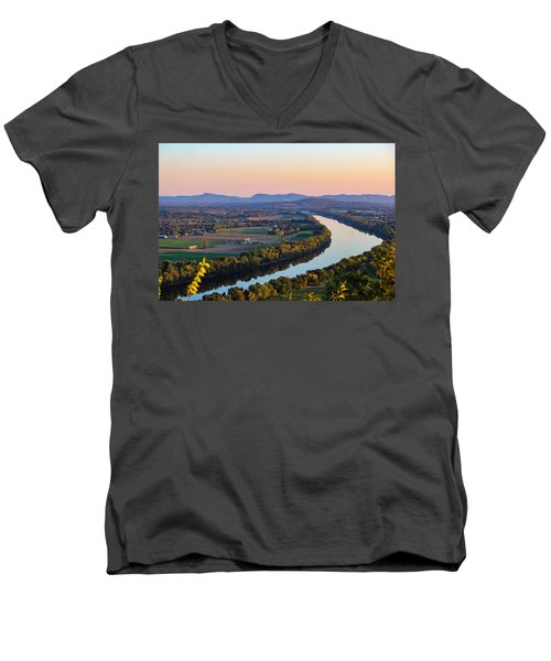 Connecticut River View  Men's V-Neck T-Shirt