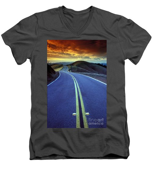 Road In The Mountains Men's V-Neck T-Shirt