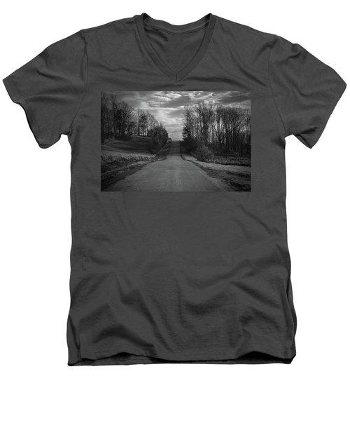 Road To Success Men's V-Neck T-Shirt